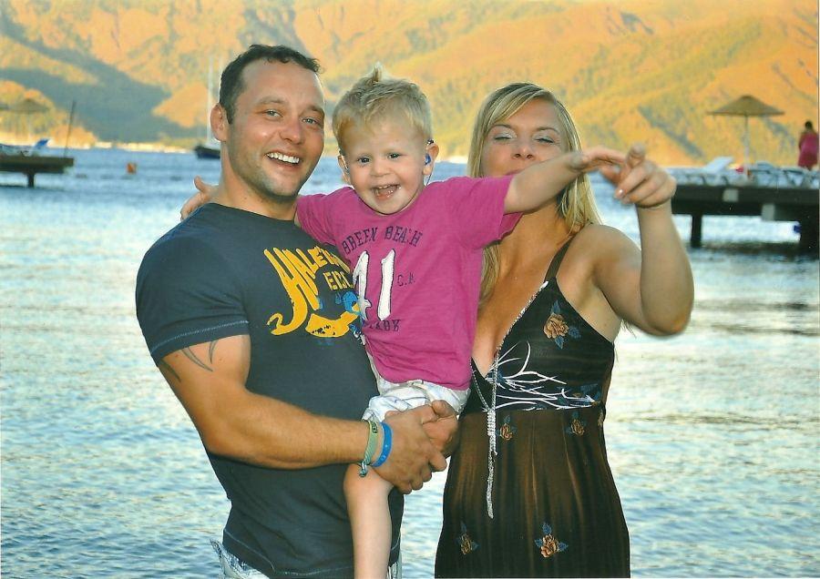 Leons family